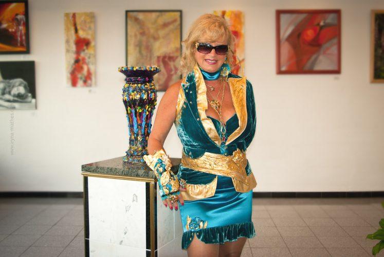 Künstlerin Bruneta Reinert. Gallery Reinert, Karlsruhe