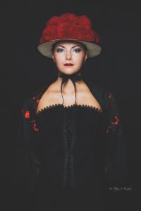 Portrait im Studio. Iryna Mathes Fotografin