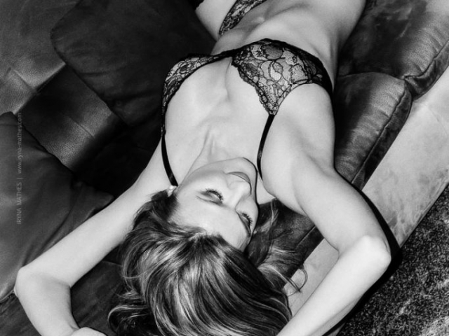 Boudoir Shoot. Iryna Mathes