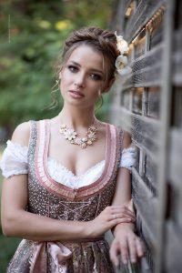 Beauty shoot, Karlsruhe. Dirndl & Oktoberfest Style