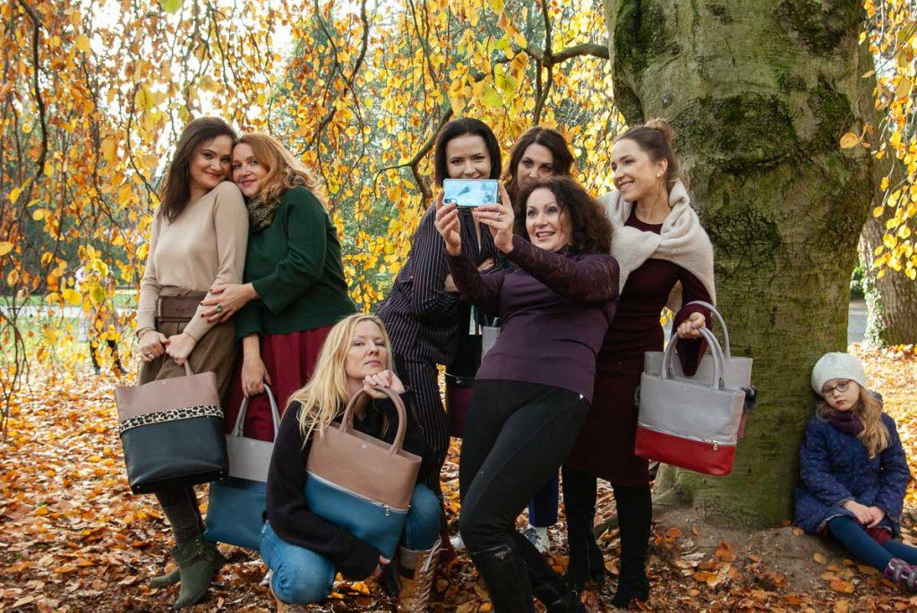 Fotosession mit Freundinnen. Karlsruhe, Herbst