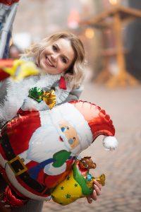 Lifestyle Fotosession, Portrait auf Weihnachtsmarkt. Fotograf Karlsruhe