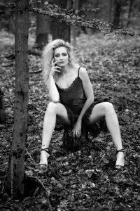 Outdoor Portrait. Iryna Mathes Fotografin. People photography Karlsruhe und Umgebung