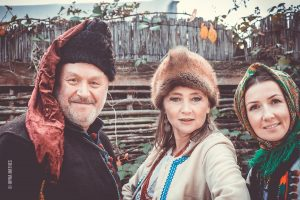 Ethno - Fotosession mit der Sängerin und Autorin Olena Serpen im Ukrainischen Museum bei Iryna Denys, Kirn