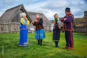 Ethno-Fotosession mit der Sängerin und Autorin Olena Serpen im Ukrainischen Museum bei Iryna Denys, Kirn
