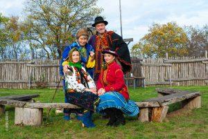 Ethno -Fotosession mit der Sängerin und Autorin Olena Serpen im Ukrainischen Museum bei Iryna Denys, Kirn
