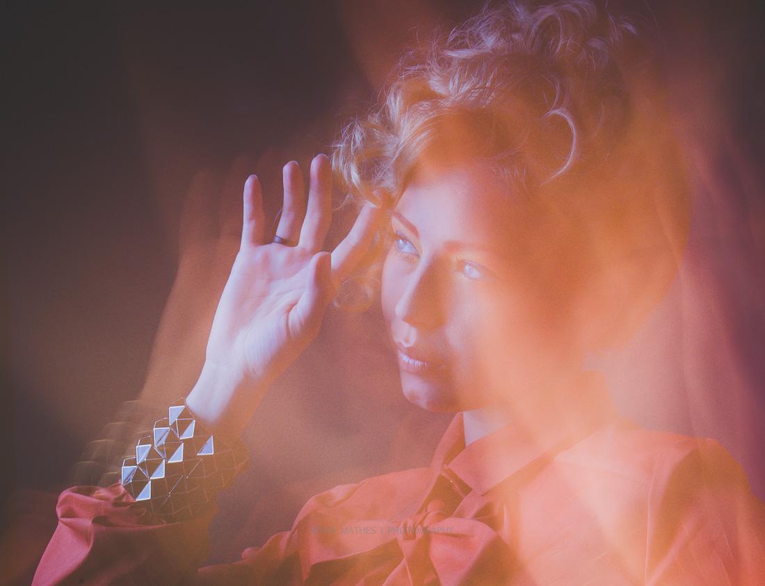 Art works mit Licht, Portrait. Iryna Mathes